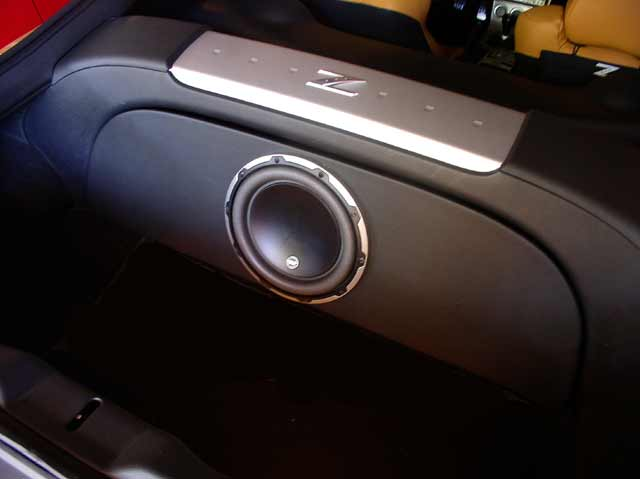 nissan 350z sub box - Realm of Excursion